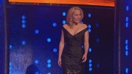 Gillian.Anderson-The.Jonathan.Ross.Show.14.12.2013.720p-17