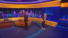 Gillian.Anderson-The.Jonathan.Ross.Show.14.12.2013.720p-21