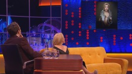 Gillian.Anderson-The.Jonathan.Ross.Show.14.12.2013.720p-36