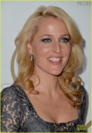 sarah-paulson-gillian-anderson-producers-guild-awards-2014-10