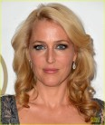 sarah-paulson-gillian-anderson-producers-guild-awards-2014-14