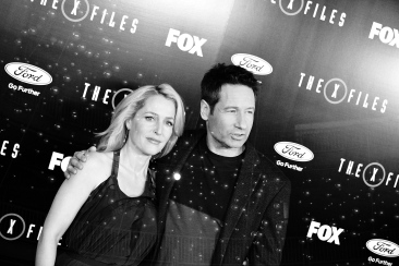 "LOS ANGELES, CA - JANUARY 12: (EDITORS NOTE: This image was created using digital filters) Gillian Anderson and David Duchovny attend ""The X-Files"" Fox premiere at California Science Center on January 12, 2016 in Los Angeles, California. (Photo by Araya Diaz/Getty Images)"